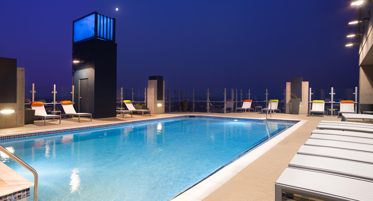 SkyHouse Austin Pool